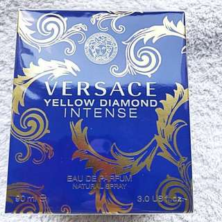 Versace Yellow Diamond INTENSE Eau de parfum 90 mls. NEW !!