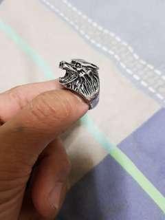 Wolves ring
