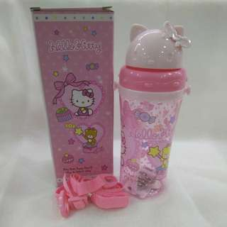 Hello Kitty Water Bottle 450ml with stripe ( instock )