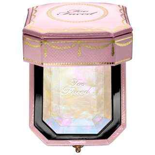 Too Faced Diamond Light Multi-use Highligher
