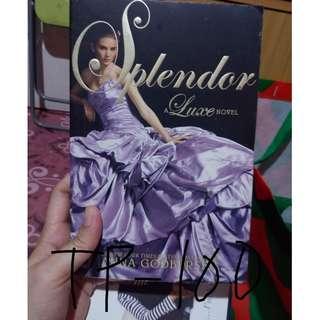 Luxe Novel: Splendor - Anna Godberson