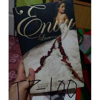 Luxe Novel: Envy - Anna Godberson