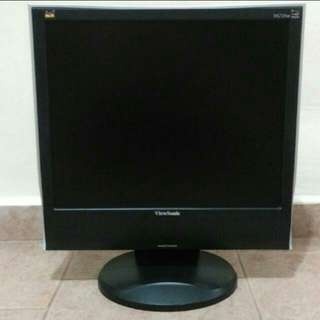 "ViewSonic 17"" Monitor W/ AUDIO"