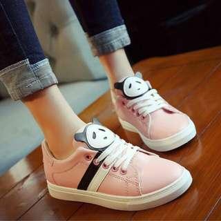 Sepatu Kets Model Panda Pink