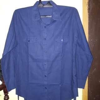 Kemeja biru navy