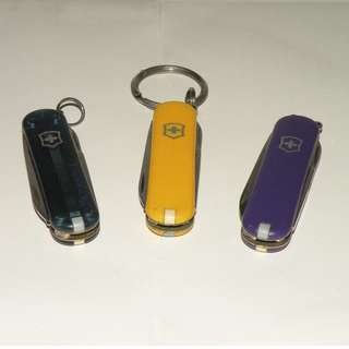 迷你維氏瑞士刀 VICTORINOX 黃色 紫藍色 透明藍色 單買一支350元,全部一起購買900元(二手)