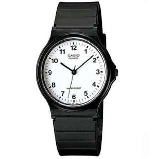 INSTOCK Casio Timekeeper in White Watch