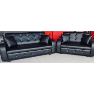Black PU Leather Sofa Set with Diamond Shaped Crystal Buttons (2+3 Seater)