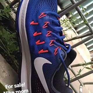 Nike zoom pegasus 33 ukuran 42