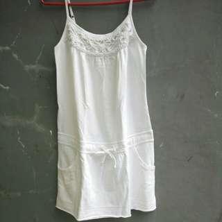 Dress kaos putih