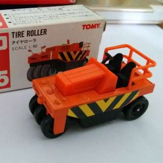 Tomica Tomy Tomy車 no 105 號 1:90 Tire Roller 日本製 壓路機