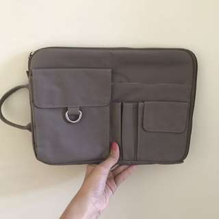 Pouch notebook/ipad/tablet