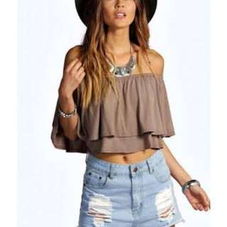 Boohoo Off the shoulder crop