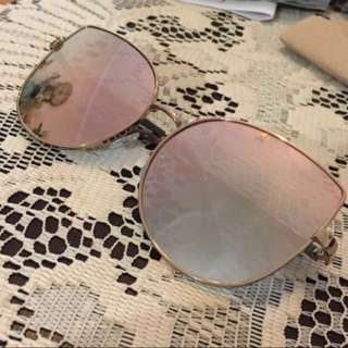 Cat eyes sunglasses for SALE!!