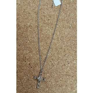 全新 韓國紅石十字架銀吊咀連頸鏈