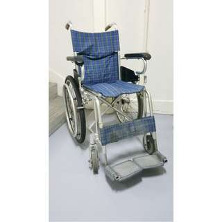 Foldable wheelchair for RENT/SALE. Excellent condition. Comfortable. Smooth and stable. Ergonomic. Approved by Doctors.