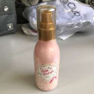 Silk scarf moist hair mist