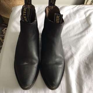 BAXTER dancer Chelsea boots. Perfect condition