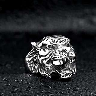 Snarling Tiger Ring