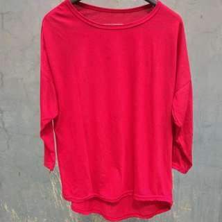Kaos merah panjang