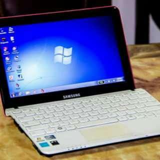 Samsung Netbook NC110 - pink