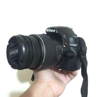 Nikon D3200 - almost new
