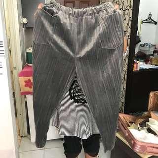 Celana Pleats bludru bkk