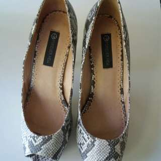Forever new heels sz 38