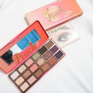 Too Faced Peach Eye Shadow Pallete used only once for swatching