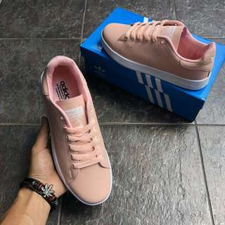 Adidas Stan Smith nude pink