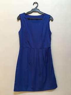 Blue dress • M