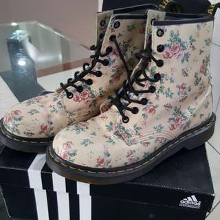 Dr Martens limited edition