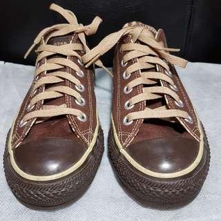 Brown Converse All Star