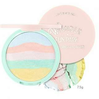 Wonder Fun Park Candy Highlighter