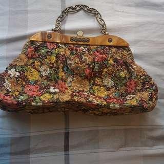 PRELOVED 3 pcs bag for only 200