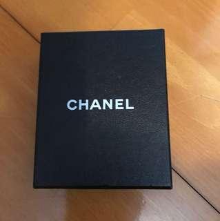 Chanel 頸鍊禮盒子