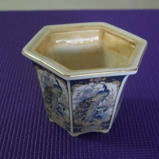 Six-sided Porcelain Flower Pot with a peacock painted on each side Dia 10 cm Ht 10 cm