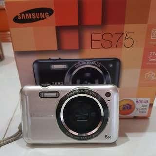 Samsung camera ES75