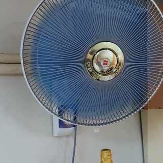 掛牆電風扇
