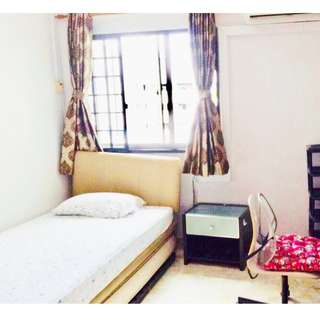 65 Marine Parade @ Marine Drive (Common Bedroom)  - Parkway Parade Shopping mall/ Food Center / With Aircon / with Wifi
