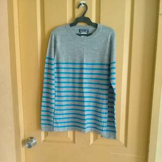 Gray/blue stripes pullover