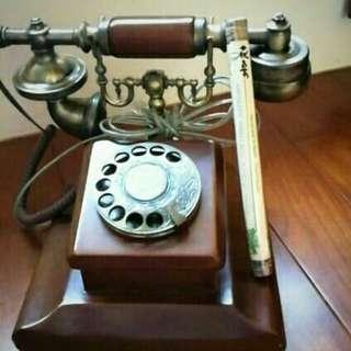 可用的古董電話