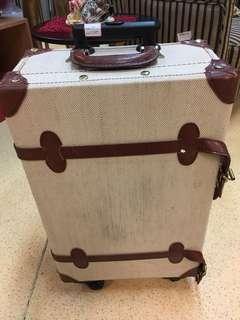 (TGN) Luggage
