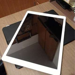 "Apple iPad Pro 12.9"" (wifi only) with Apple Pencil  ---- 256GB"
