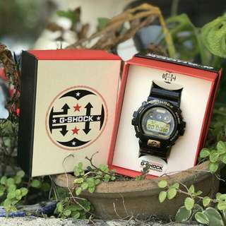 G-SHOCK DW6900 SUPREME LV BLACK LIMITED EDITION