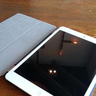 Apple iPad mini 2 wifi 64gb silver