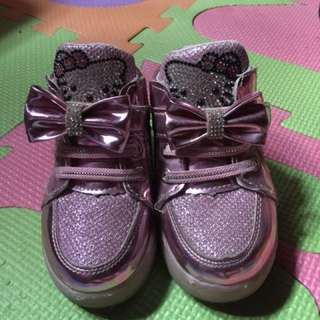 Baby hello kitty shoe  fushia 1-2 yrs old size 23