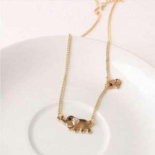 Cte Elepant Necklace