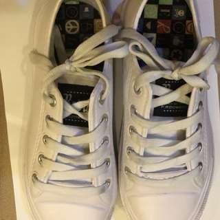 Retro white shoes (crocs type material)