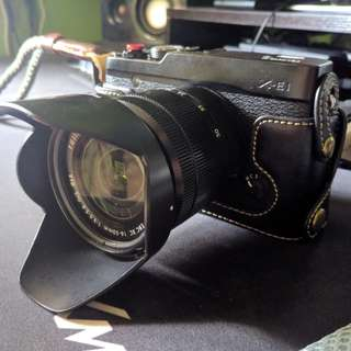 Fujifilm XE1 with XC 16-50mm F3.5-5.6 OIS